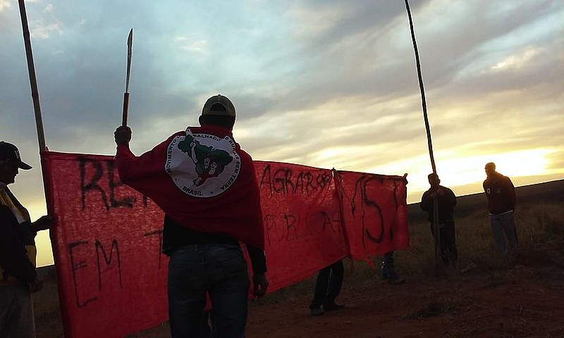 Camponeses ocupam fazenda no Tocantins