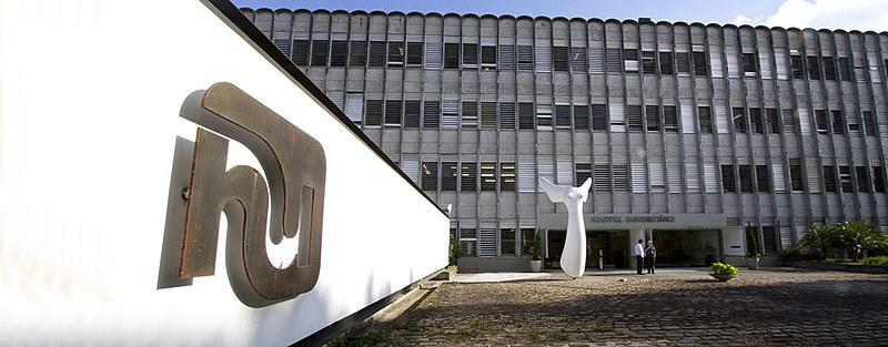 Hospital Universitário segue sem atender população por falta de profissionais