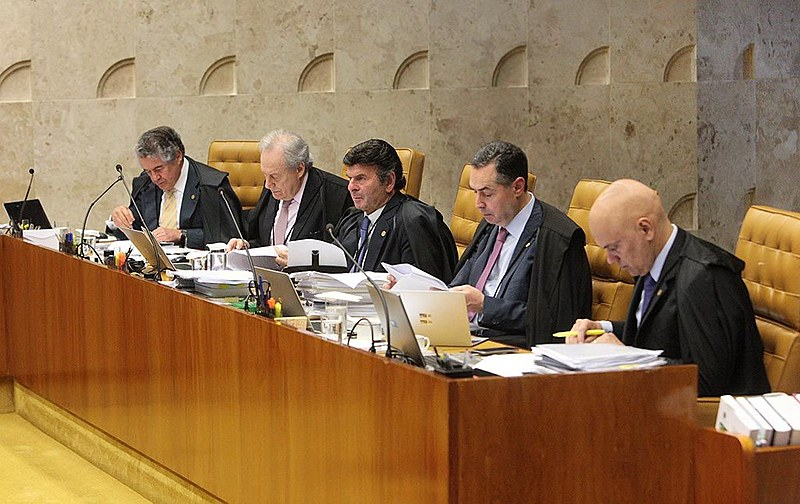 Ministros do Supremo Tribunal Federal durante sessão plenária