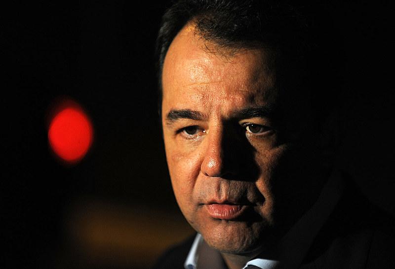 Então presidente da Alerj, Cabral contou com o apoio da mídia conservadora para investir contra o ex-governador Brizola