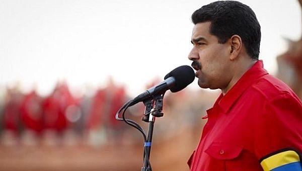 """O governo venezuelano denuncia que há um """"assédio"""" contra Caracas"""