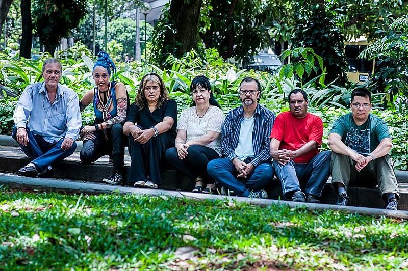 Na música a Banda São Doidão encontrou uma porta para uma nova sociedade