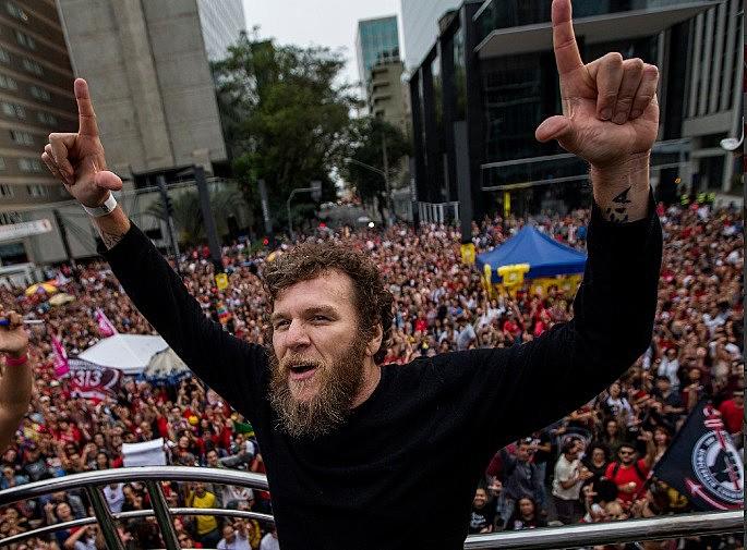 Cantor Otto se apresenta na segunda edição do Festival Lula Livre