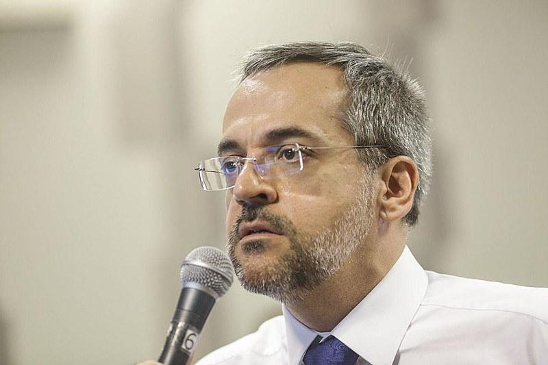 Ministro da Educação, Abraham Weintraub, durante audiência na Comissão de Educação do Senado, em Brasília (DF)