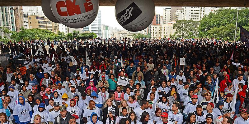 Movimentos apostam na unidade das três categorias para barrar políticas adotadas pelo MEC