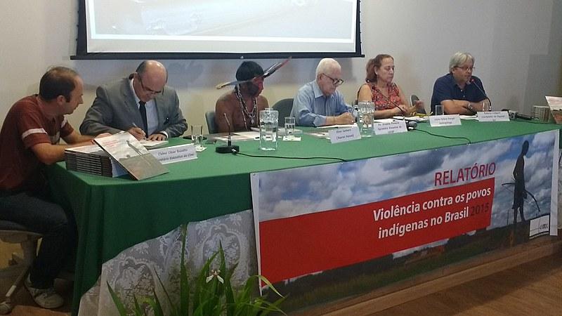 """Coletiva de lançamento do relatório """"Violência contra os povos indígenas no Brasil – 2015"""", do Cimi"""