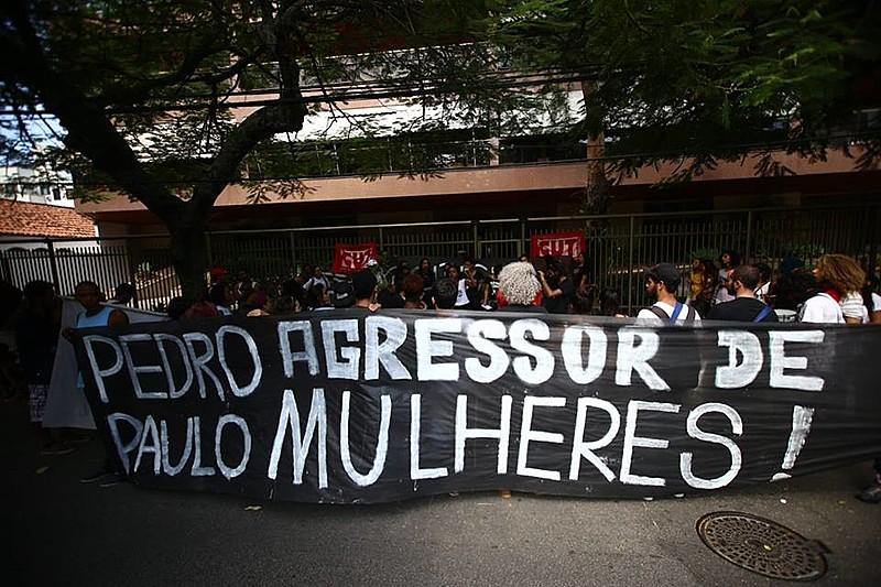 Pedro Paulo é acusado de agredir a ex-esposa duas vezes, em 2008 e 2010