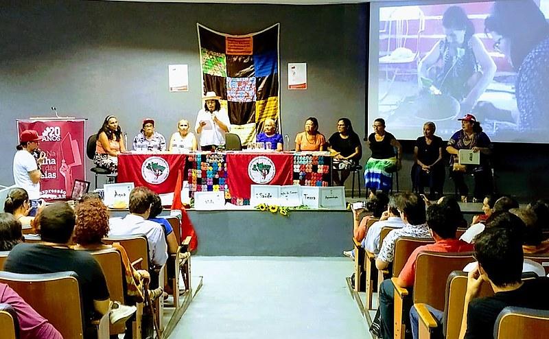 Mesa composta por camponesas aconteceu no Centro de Humanidades da Universidade Federal do Ceará (UFC)