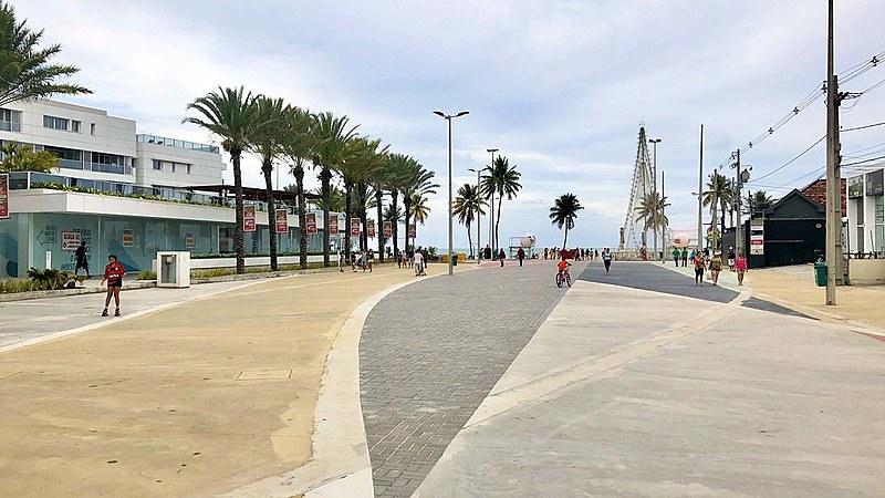 Largo de Tambaú, intervenção na orla de João Pessoa não foi objeto de concurso, recebeu quase 3 milhões de reais e não previu participação.