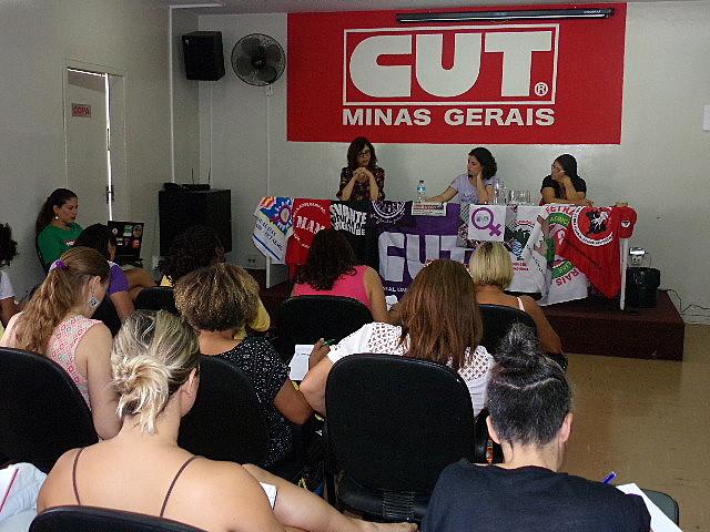 Atividade aconteceu no auditório da CUT Minas
