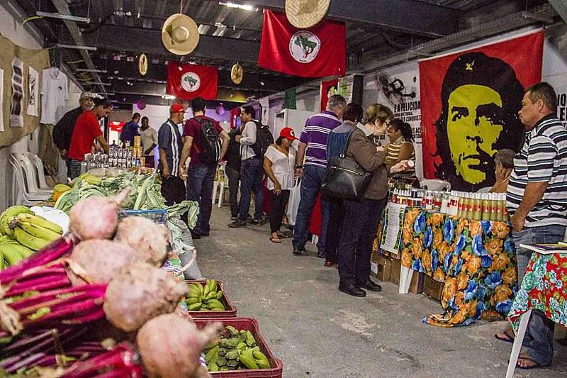 Comercialização vai funcionar no Espaço Plínio, na Lapa, na região central da cidade