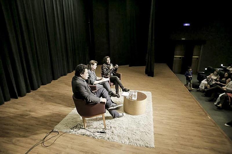 Além do jornalista Leonardo Sakamato, debate contou com o deputado federal Jean Willys