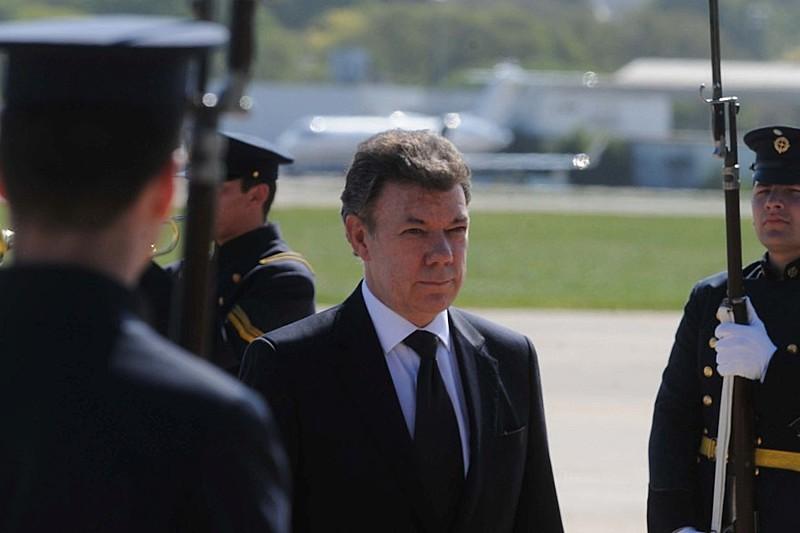 Nobel da Paz, J. Manuel Santos, escolheu ingressar na historicamente belicista OTAN