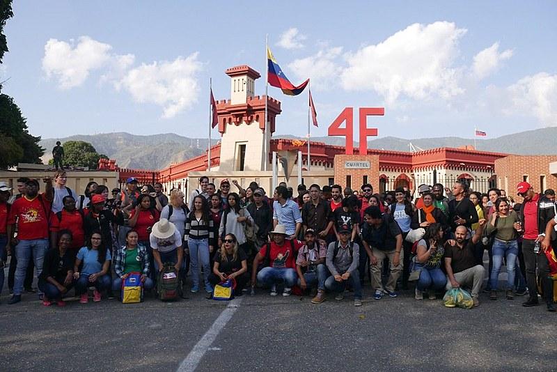 Jovens de mais de 40 países chegaram à Venezuela no último sábado (16)