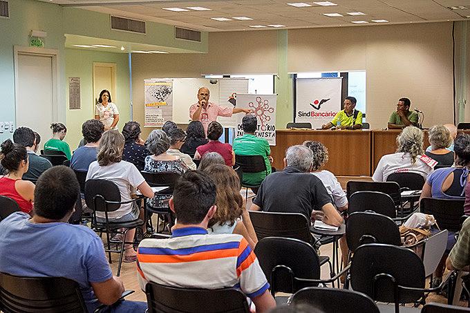 Urgência climática e lutas necessárias foram debatidas no SindBancários, em Porto Alegre
