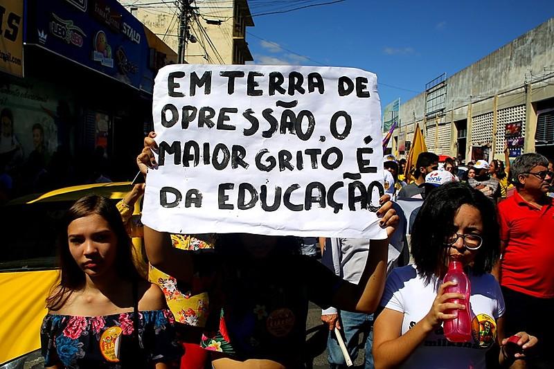 Ao todo, são mais de 150 municípios em luta pela educação brasileira