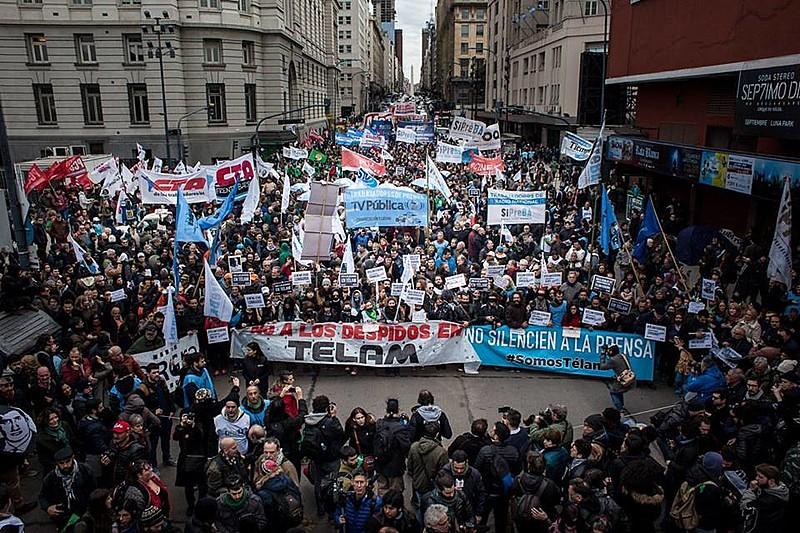 Manifestação realizada na tarde desta quinta-feira (5) em Buenos Aires