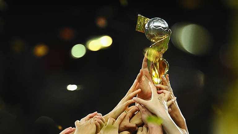 Troféu da Copa Feminina de Futebol