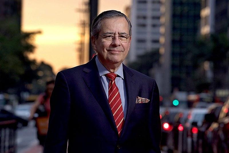 Amorim, que mantém o blog Conversa Afiada, criticou decisões de Sérgio Moro e do governo Bolsonaro