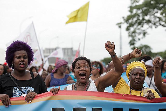 El día de la Mujer Afrolatinoamericana y Afrocaribeña y el Día del Orgullo Crespo, miles de mujeres negras toman las calles en marcha