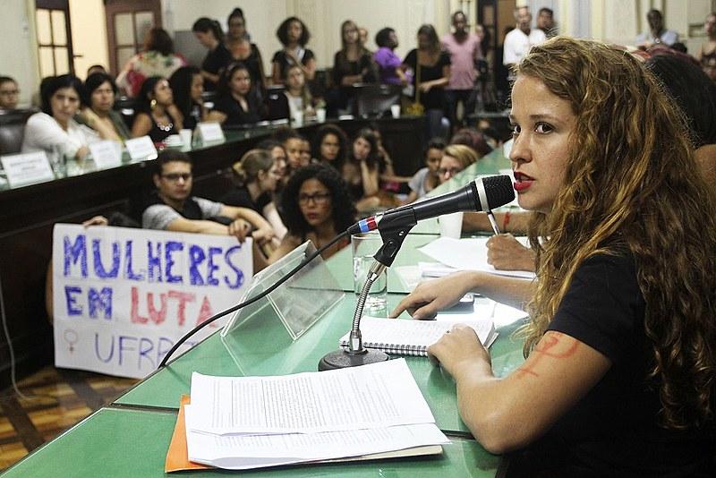 Alunas da Universidade Federal Rural do Rio de Janeiro foram à Alerj em abril denunciar estupros