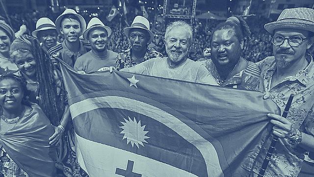 El expresidente Lula y sus partidarios celebran su libertad después de 580 días de prisión