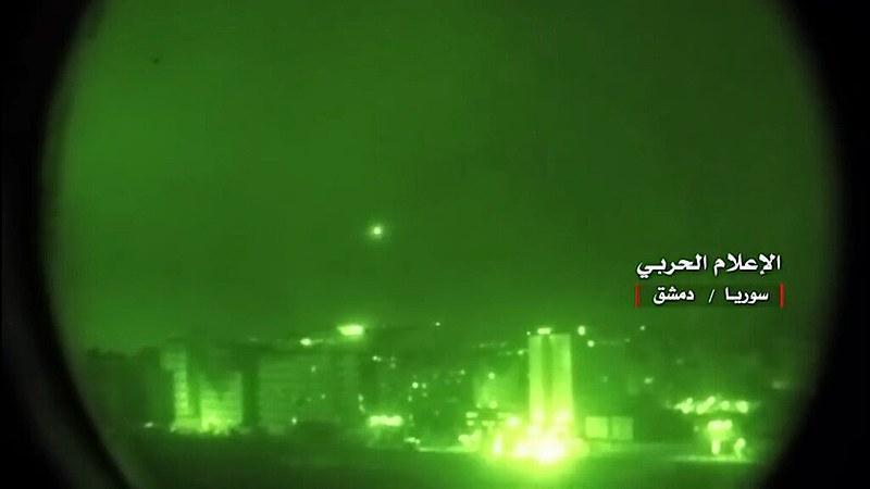 Autoridades afirmam que as forças de defesa da Síria conseguiram conter boa parte dos mísseis