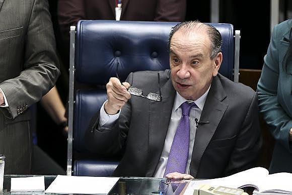 Temer e o senador Aloysio Nunes se encontraram na tarde de hoje, no Palácio do Planalto, para fecharem os últimos detalhes da indicação