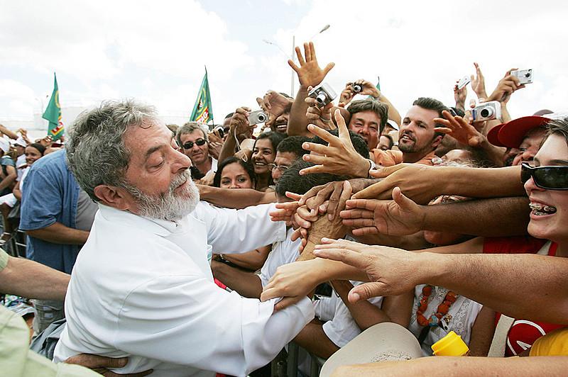 Lula lidera pesquisa à presidência encomendada pelo Instituo MDA e da Confederação Nacional dos Transportes (CNT)