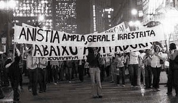 Movimentos foram às ruas pedindo Anistia ampla