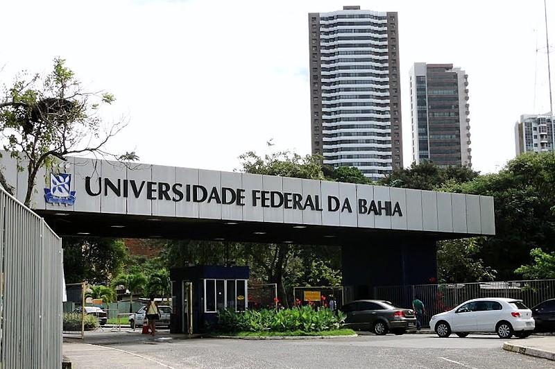 Dwek mostra que ao investir apenas 21% do orçamento da Educação em universidades, o Brasil ocupa a 58ª posição entre 128 países