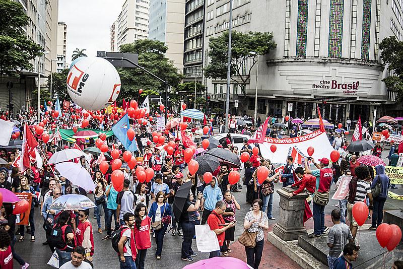 Mobilização contra desmonte de direitos - Belo Horizonte