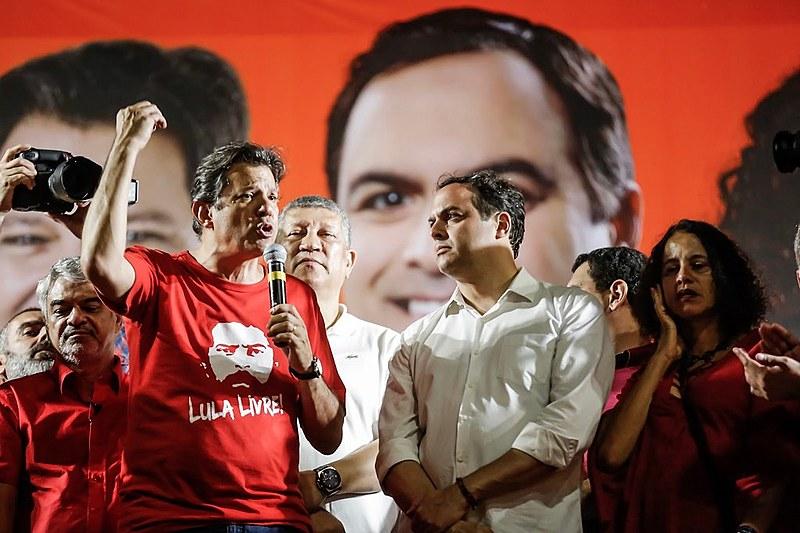 Pernambuco é um Estado politizado e as lideranças locais influenciam muito nos resultados, afirma o colunista.