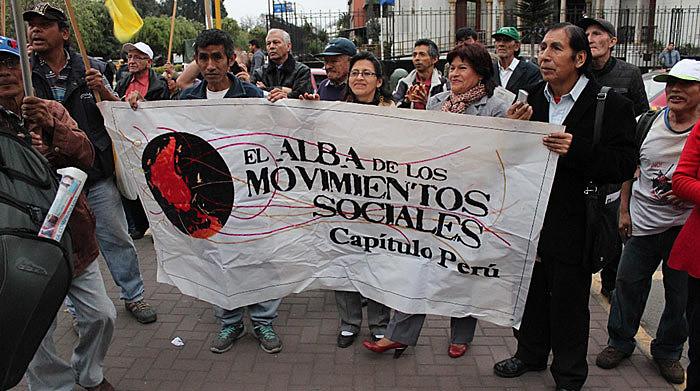 Capítulo Peru da Alba Movimentos