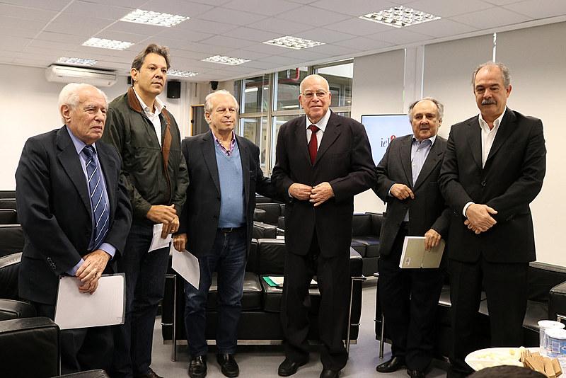 Encontro de ex-ministros da Educação ocorreu em junho em São Paulo