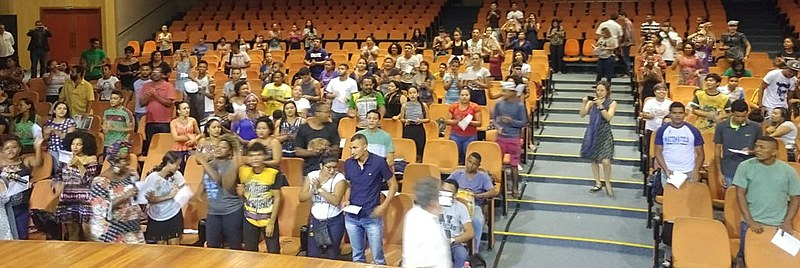 Ato reuniou estudantes, professores, parlamentares e lideranças indígenas e quilombolas em Belém no auditório da UFPA