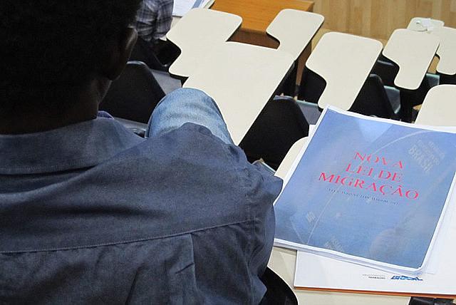 Migrante participa en debate sobre la Ley de Migración