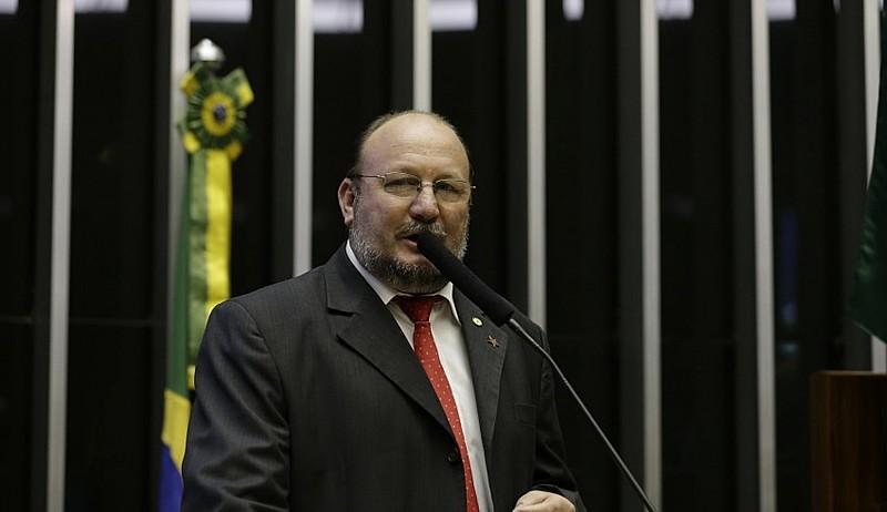 Deputado João Daniel (PT-SE), aliado histórico dos movimentos populares, foi um dos inocentados