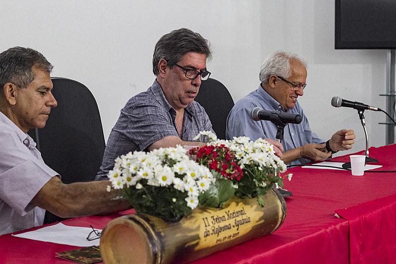 """Palestrantes do seminário """"O aumento da Miséria no Brasil"""", neste domingo (7), no Parque da Água Branca"""