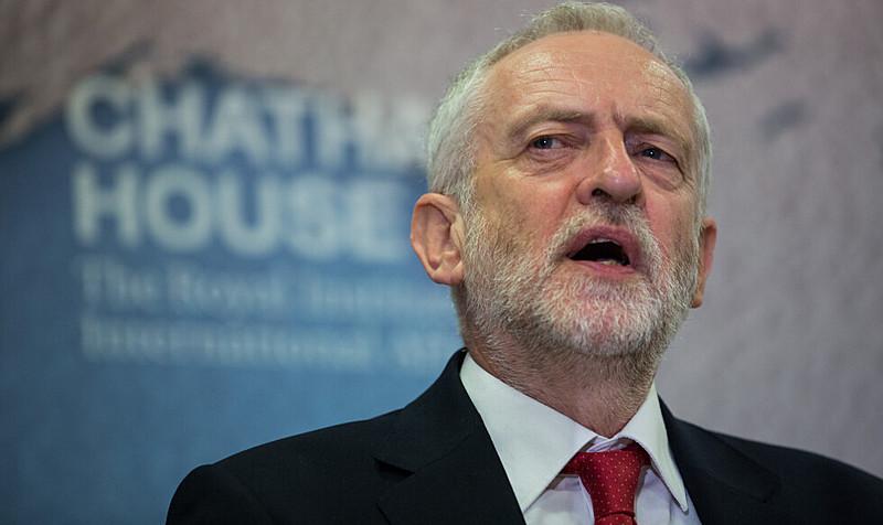 Segundo o jornal britânico The Guardian, Corbyn enviou pronunciamento a todos os membros do partido nesta terça com o novo posicionamento