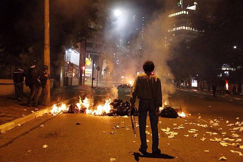 Em São Paulo, protestos terminaram em repressão por quatro dias consecutivos