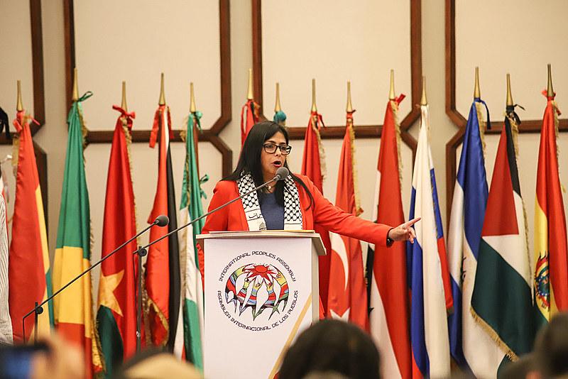 Delcy Rodríguez, vice-presidenta venezuelana, em Caracas