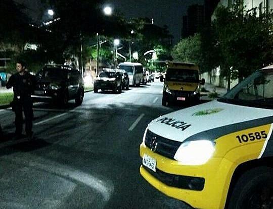 """""""É a truculência do estado se manifestando para reprimir os movimentos populares"""", opina do advogado Manuel Caleiro"""