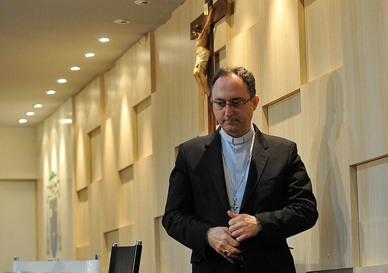 Dom Sergio da Rocha, presidente da entidade, divulgou posição da Confederação nesta quinta-feira (27)