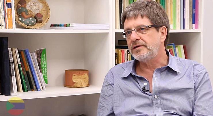 """Reitoria da UFRJ argumenta que a ação confunde """"a defesa da democracia e o gozo da autonomia constitucional com ação partidária"""""""