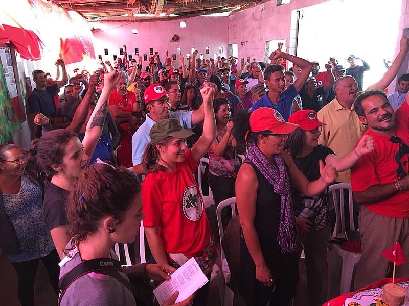 Reunião no acampamento Marielle Vive, em Valinhos, discutiu os rumos políticos, sociais e econômicos do Brasil