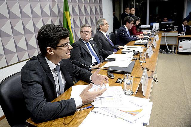 Comissão Especial do Impeachment 2016 realiza reunião para ouvir testemunhas