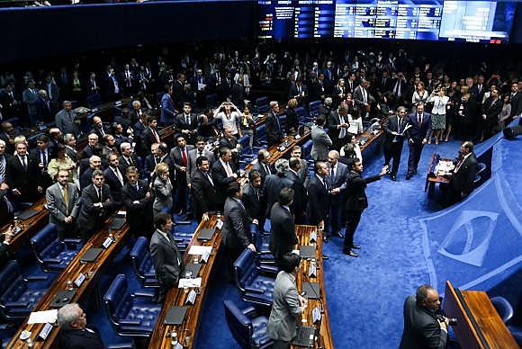 Apesar da suspensão das visitas e do acesso restrito a parlamentares e pessoas credenciadas, a movimentação no Senado é intensa