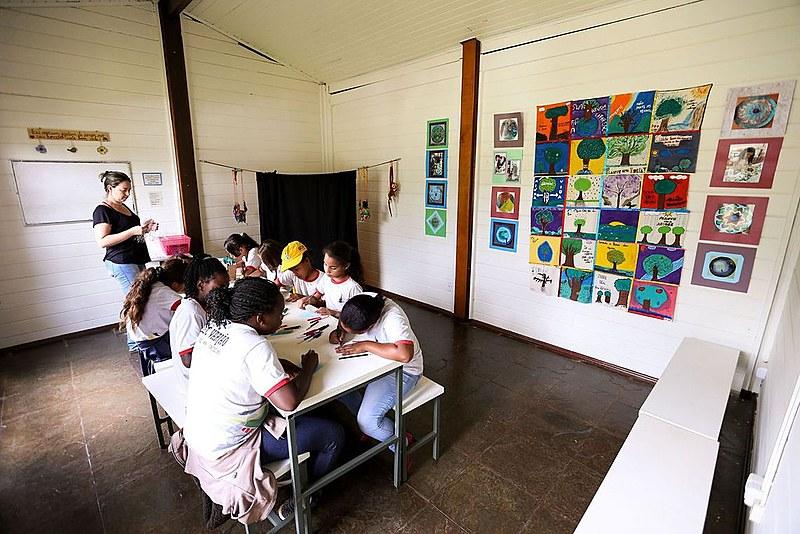 Seleção tem como público alvo profissionais da educação em exercício no campo ou ligados a movimentos e programas governamentais do campo