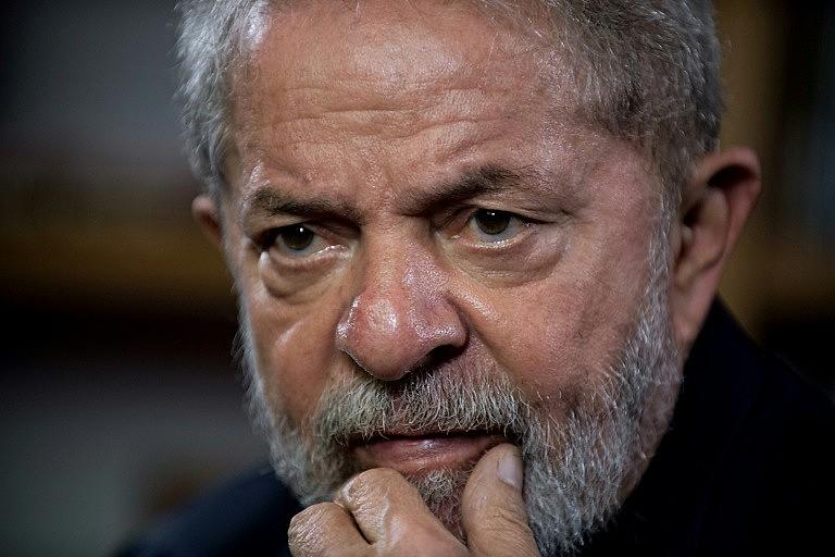 Lula também citou o recém lançado livro de Rodrigo Janot, ex-procurador-geral da República.